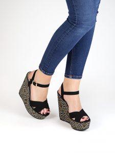 zapatos estampados cuña
