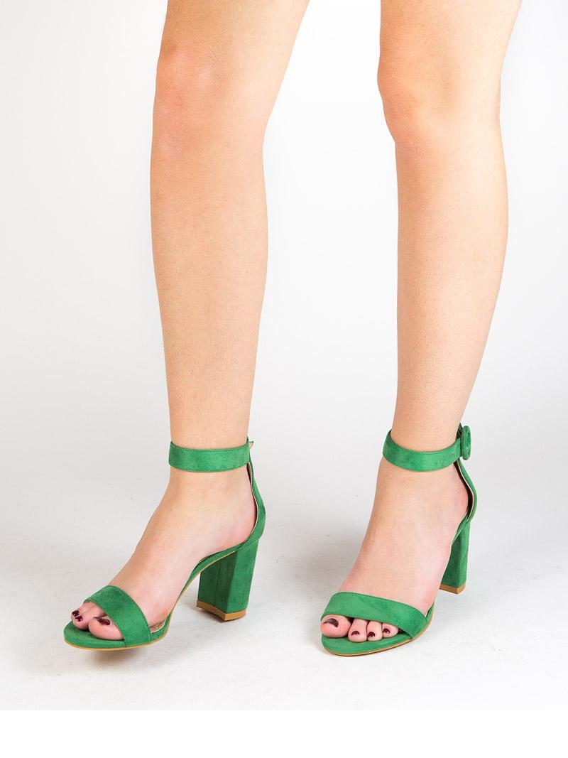 sandalia de tacon